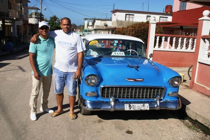 Met chauffeur en oldtimer- over ons
