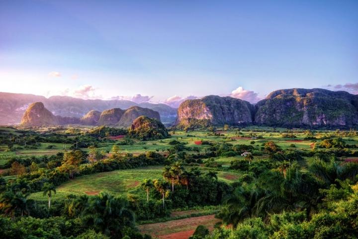 cosas para ver en Cuba Valle de Viñales Viajar a Cuba Agencia de viajes CubaNeo Travel