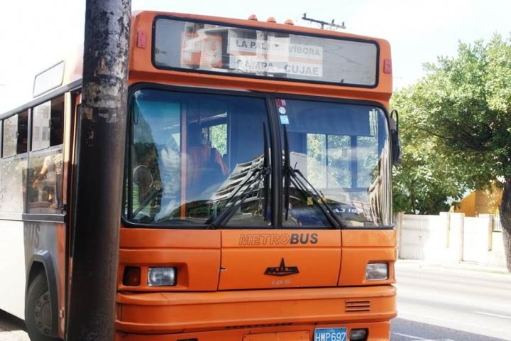 p9-stadsbus-in-havana