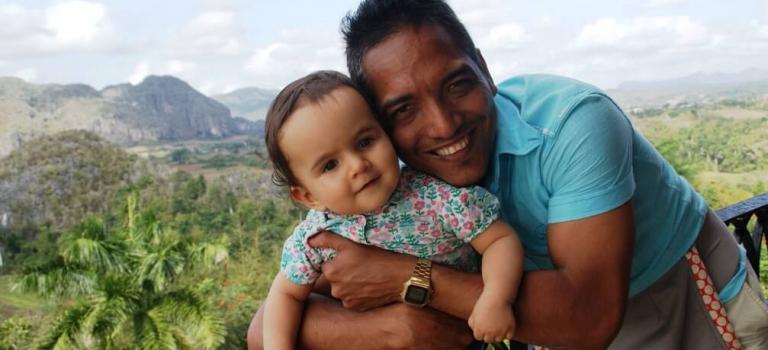 Valle de Viñales viajar cuba con niños