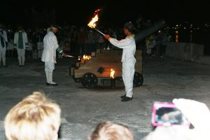 Ceremonia El Cañonazo de las 9 en La Fortaleza de La Cabaña Habana