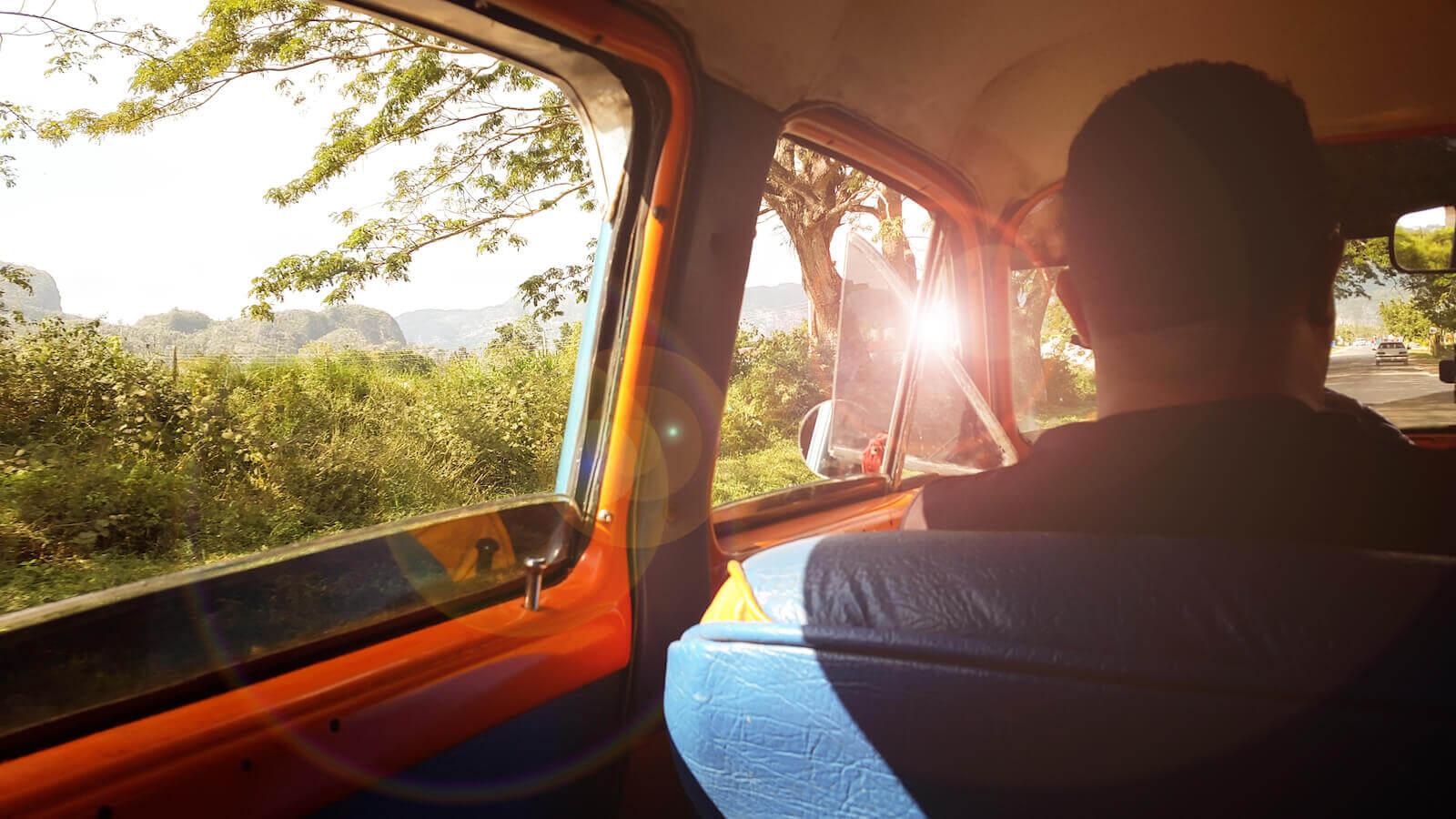 Rondreis door Cuba in klassieke amerikaanse auto