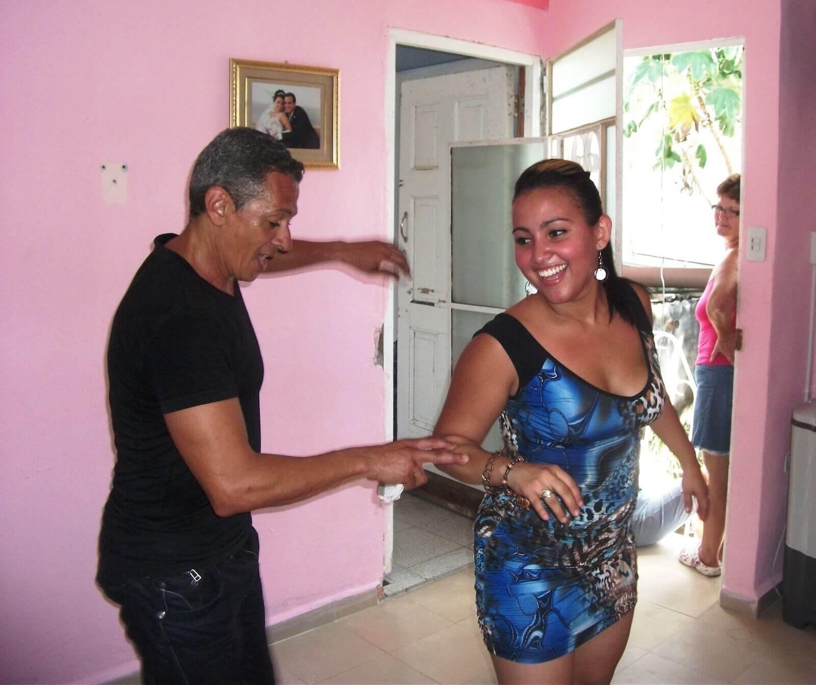 Salsa dansen in Cuba